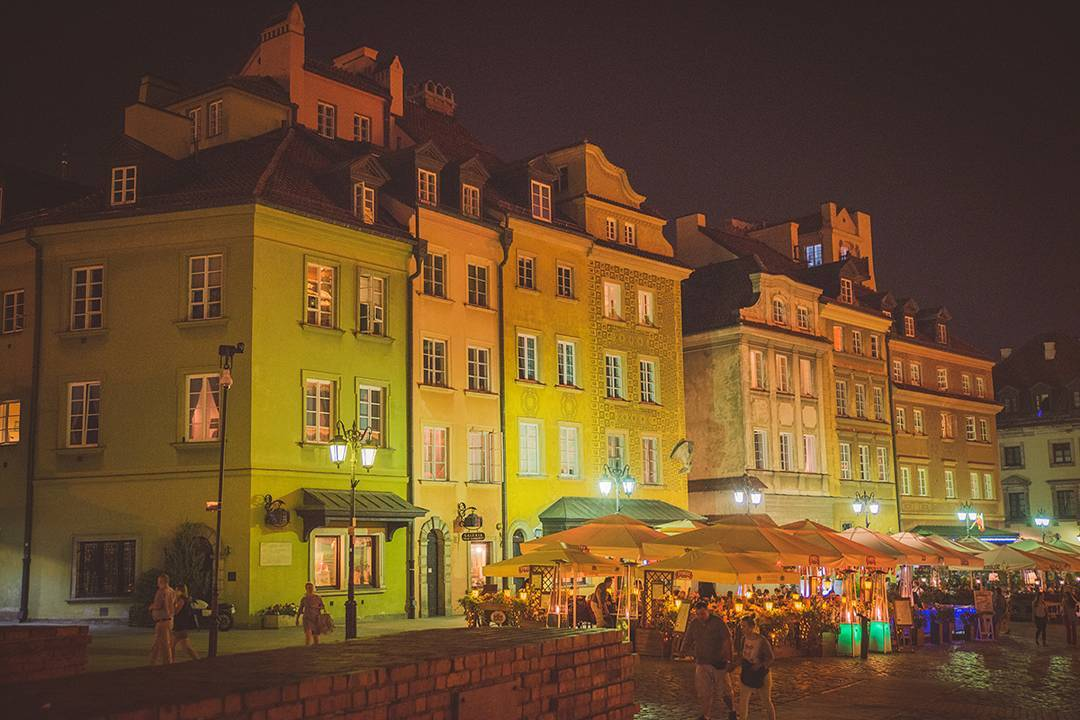 Another one of plac Zamkowy (Castle Square) in the center of Warsaw at night. Warsaw was so non-touristy, but there were still tons of locals out for dinner or coffee late into the night. It felt so warm and quaint for a big city.