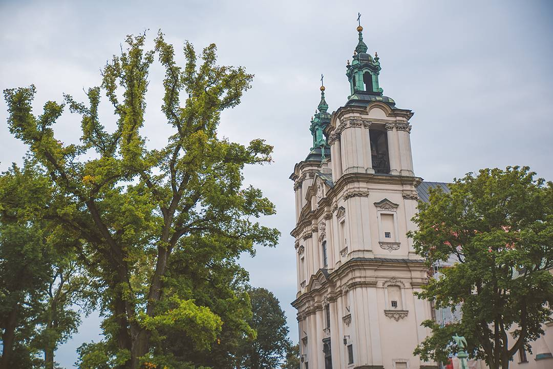 Please prepare yourself for the name of this church in Krakow built in 1472: Church of St. Michael the Archangel and St. Stanislaus Bishop and Martyr and Pauline Fathers Monastery, Skałka. Apparently people just shorten it to Skałka–imagine that.